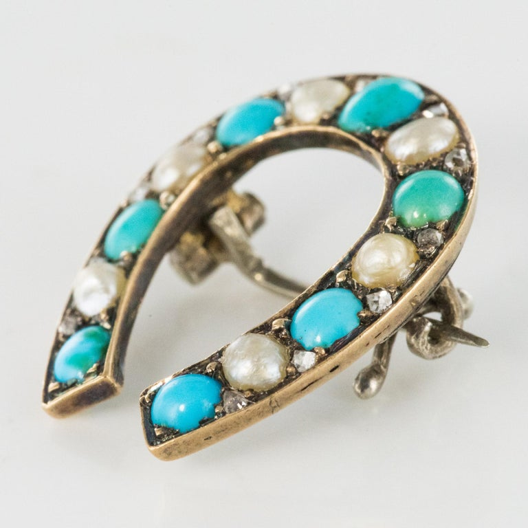Napoleon III Turquoise Natural Pearl 18 Karat Yellow Gold Horseshoe Brooch In Good Condition For Sale In Poitiers, FR