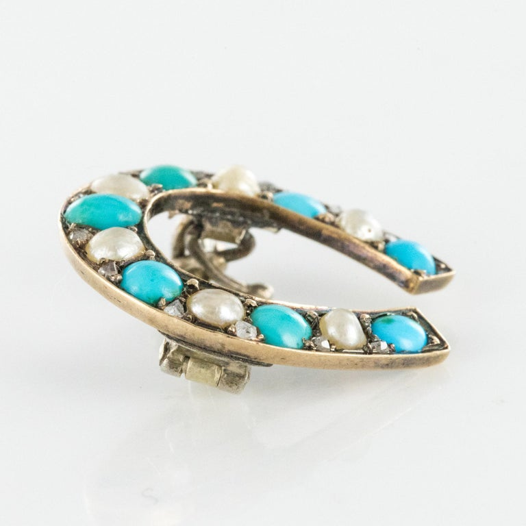 Napoleon III Turquoise Natural Pearl 18 Karat Yellow Gold Horseshoe Brooch For Sale 2