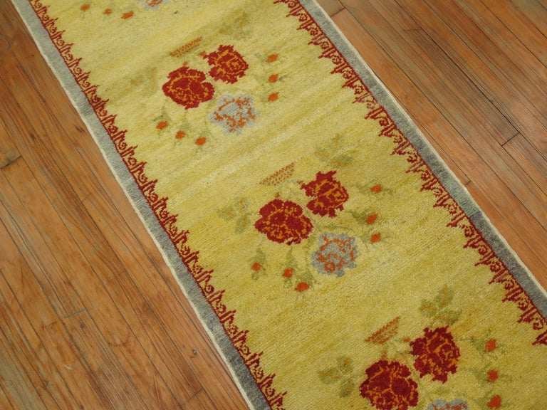 Narrow Anatolian Turkish Flower Runner in Bright Yellow In Good Condition For Sale In New York, NY