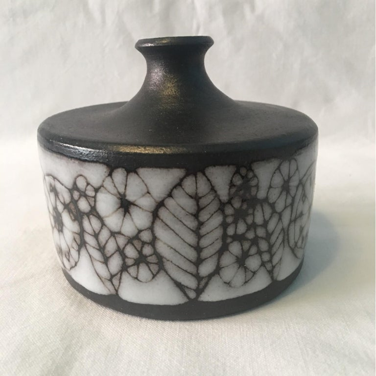 Narrow Neck Ceramic Vase by Wilhelm and Elly Kuch of Germany In Good Condition For Sale In Frisco, TX