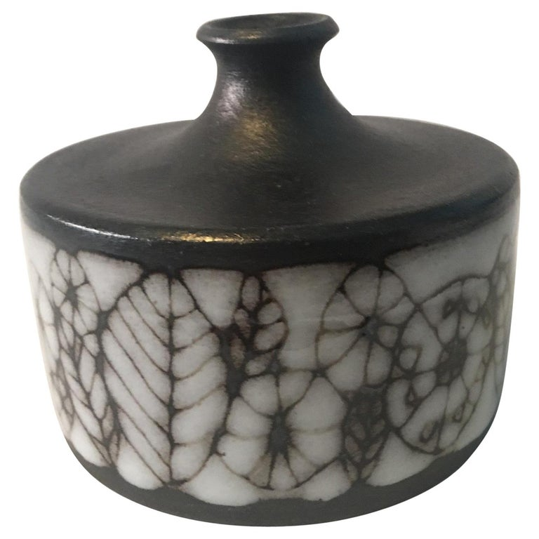 Narrow Neck Ceramic Vase by Wilhelm and Elly Kuch of Germany For Sale