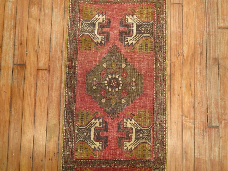 Narrow Turkish Runner In Good Condition For Sale In New York, NY