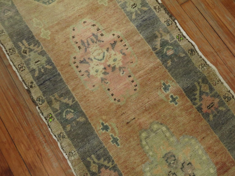 Narrow Vintage Turkish Runner In Good Condition For Sale In New York, NY