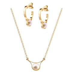 Nathalie Jean 18 Karat Yellow Gold Pearl Pendant Necklace and Earrings Set