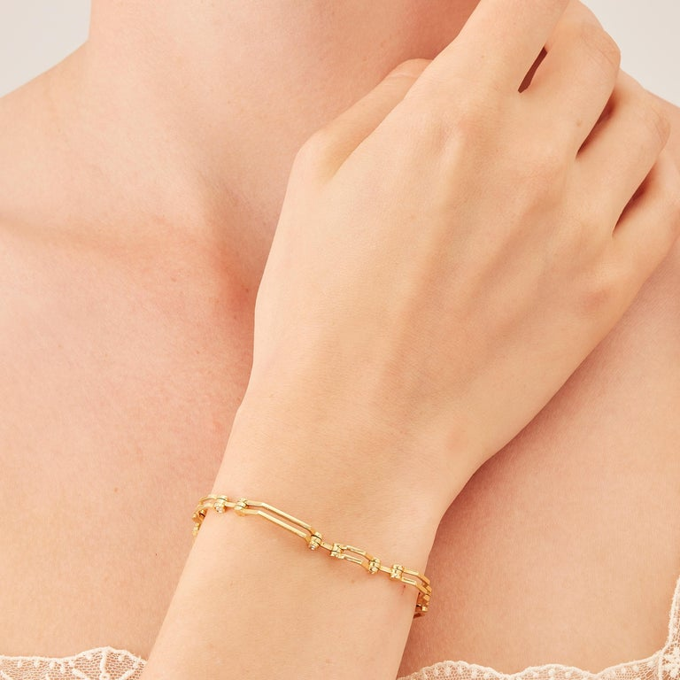 Round Cut Nathalie Jean Contemporary 0.324 Carat Diamond Gold Articulated Link Bracelet For Sale