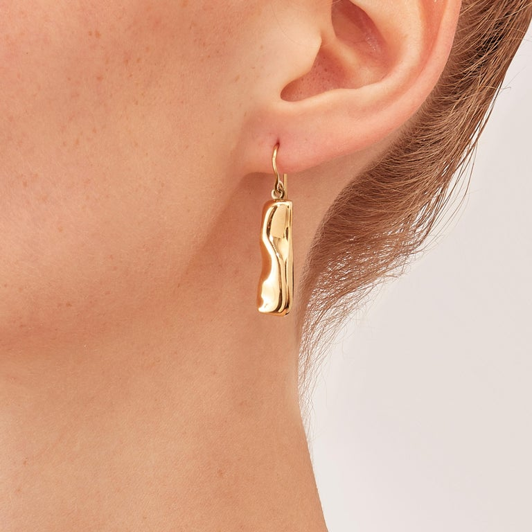 Nathalie Jean Contemporary 18 Karat Gold Drop Dangle Sculpture Earrings In New Condition For Sale In Milan, Lombardia