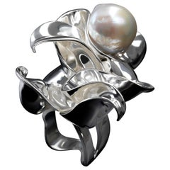 Nathalie Jean Contemporary Freshwater Pearl Sterling Silver Cocktail Ring