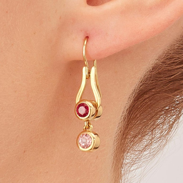 Women's or Men's Nathalie Jean Contemporary Ruby Tourmaline Gold Articulated Drop Dangle Earrings For Sale