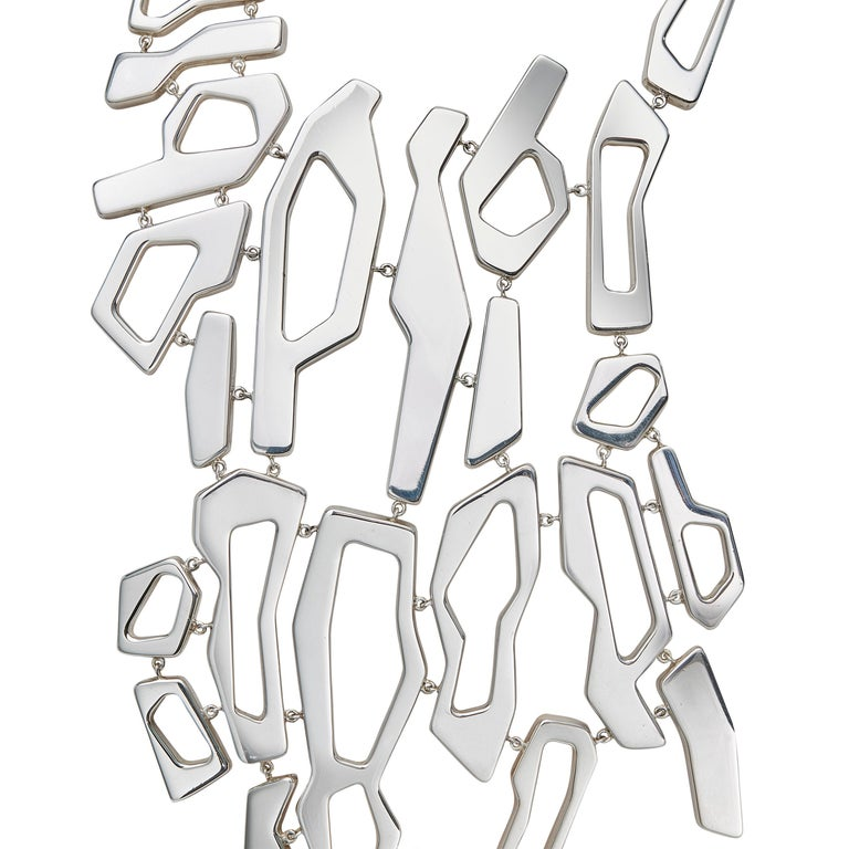 Nathalie Jean Contemporary Sterling Silver Limited Edition Link Drop Necklace In New Condition For Sale In Milan, Lombardia