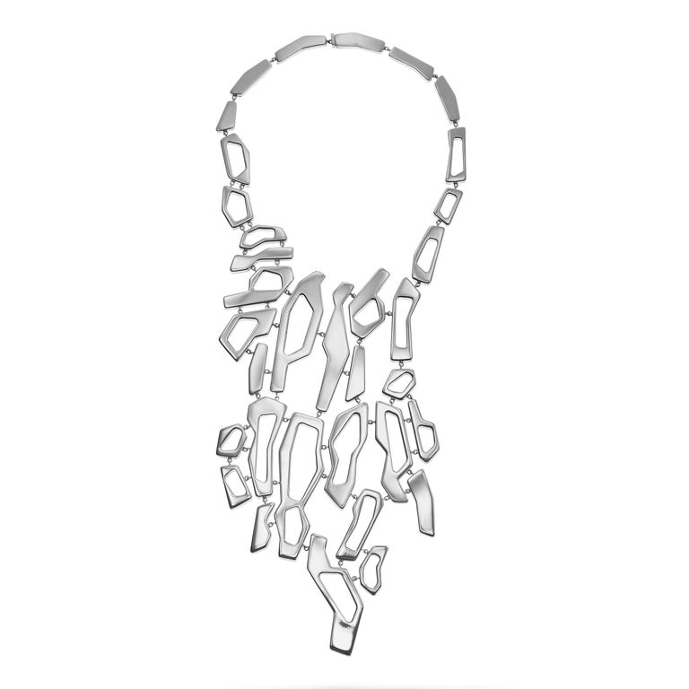 Women's Nathalie Jean Contemporary Sterling Silver Limited Edition Link Drop Necklace For Sale