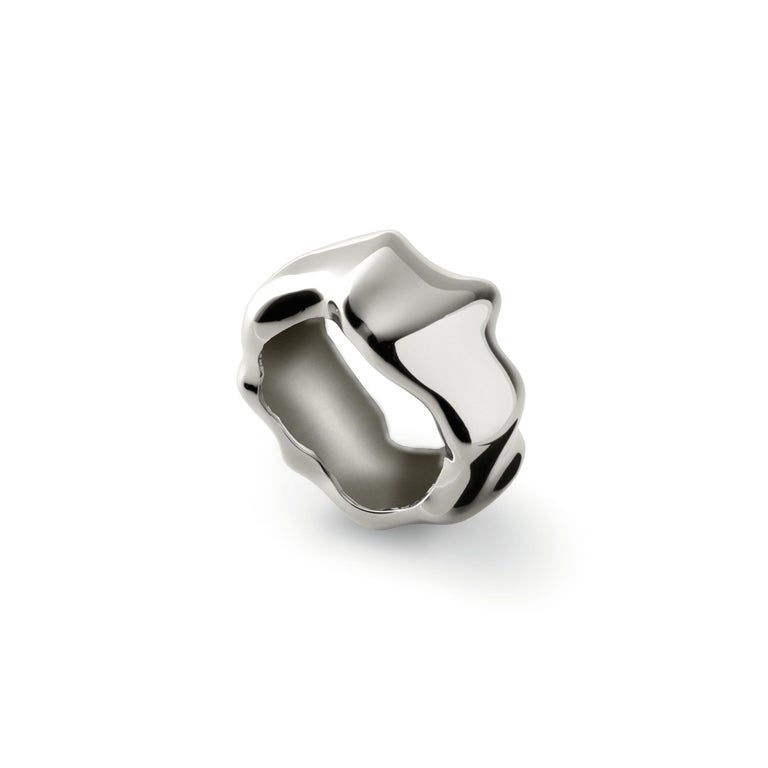 Nathalie Jean Contemporary Sterling Silver Band Sculpture Ring In New Condition For Sale In Milan, Lombardia