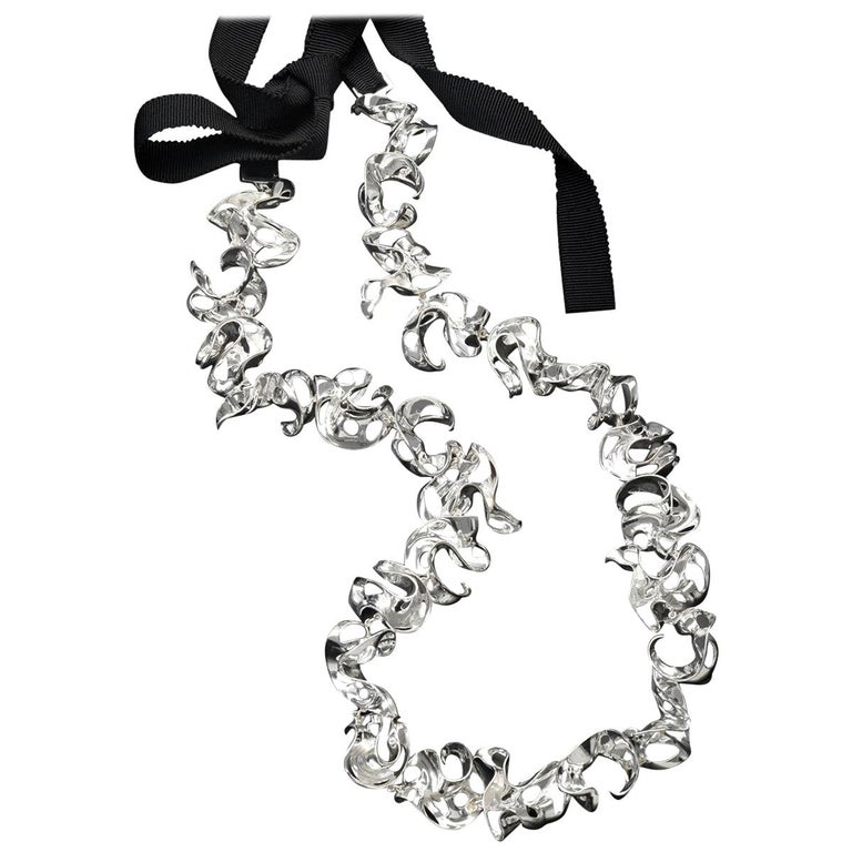 Nathalie Jean Contemporary Sterling Silver Silk Ribbon Link Chain Necklace For Sale