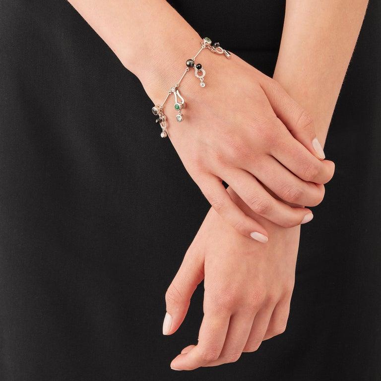 Round Cut Nathalie Jean 0,58 Carat Diamond Emerald Tourmaline Pearl Onyx Gold Bracelet For Sale