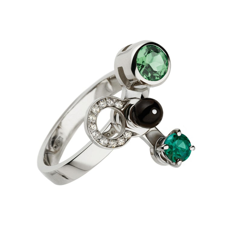 Contemporary Nathalie Jean 0,165ct Diamond Emeral Tourmaline Indicolite Pearl Onyx Gold Rings For Sale