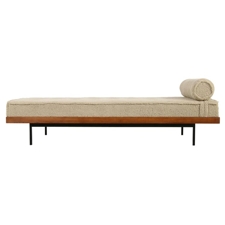 Nathan Lindberg Daybed Mod. 31 Larch Wood, Teak, Tufted, Teddy Fur and Leather
