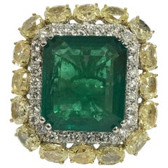 Natural 11.93 Carat Emerald Yellow and White Diamond Cocktail Ring
