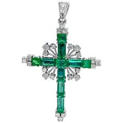 Natural 12.50 Carat Colombian Emerald and Diamond Pendant
