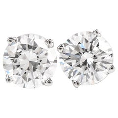 Natural 1.26 Carat Round Diamond White Gold Stud Earrings