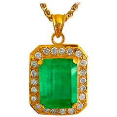 Natural 17.00 Carat Colombian Emerald and Diamond Pendant Necklace