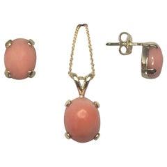 Natural 3.95 Carat Pink Orange Coral Earring and Pendant Set 14 Karat Gold