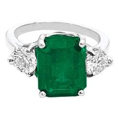 Natural 5.5 Carat Emerald Cut Emerald & 1.06 Carat Diamond Ring Platinum