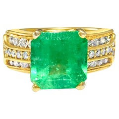 Natural 6.00 Carat Colombian Emerald and Diamond Ring