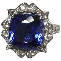 Natural 7.53 Carat Tanzanite and 0.42 Carat Diamonds Set in 14 Karat Gold Ring