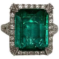 Natural 8.63 Carat Emerald Diamonds Ring