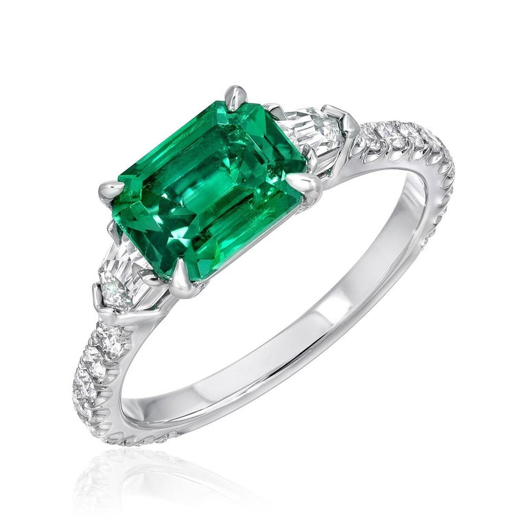 Natural Emerald Ring Emerald Cut 1.47 Carat AGL Certified Untreated No Oil For Sale 1
