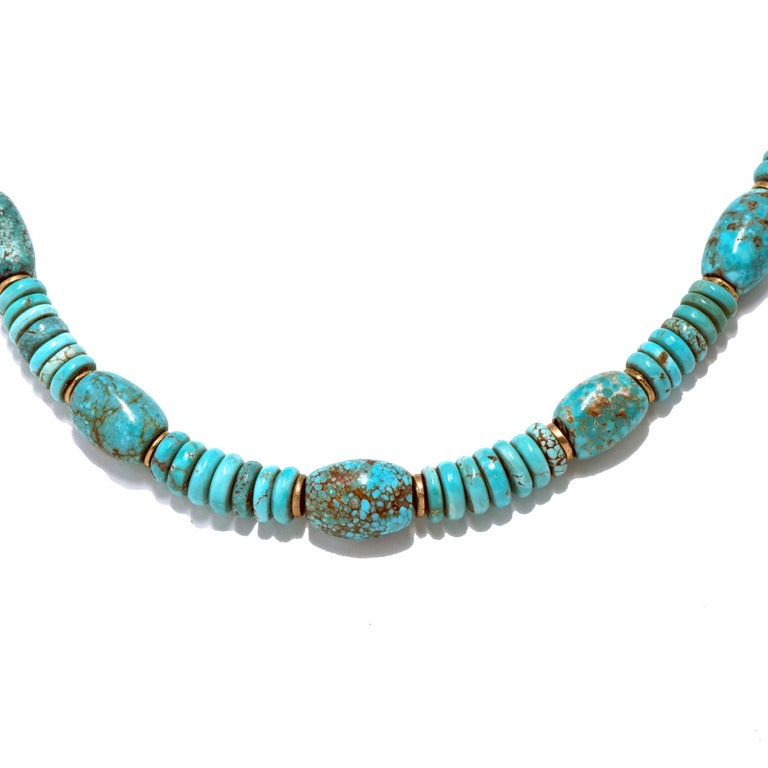 Natural American Turquoise and 18 Karat Gold Bead Necklace In New Condition For Sale In Santa Fe, NM