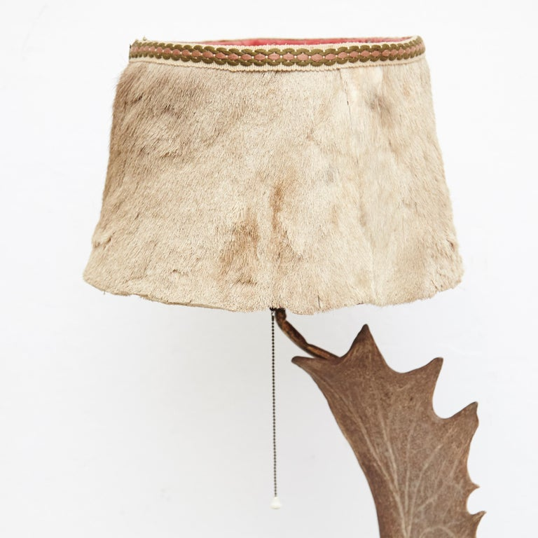 Natural Antler Table Lamp Deer Horn In Good Condition For Sale In Barcelona, Barcelona