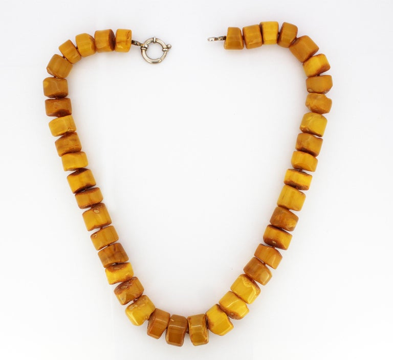 Women's Natural Baltic Amber Necklace in the Form of Tablets For Sale