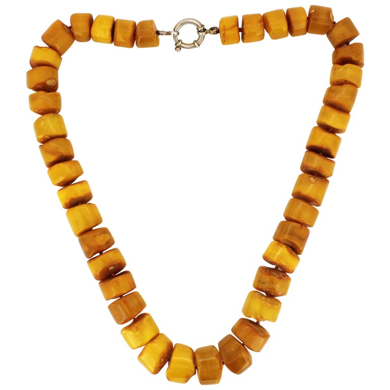 Natural Baltic Amber Necklace in the Form of Tablets For Sale