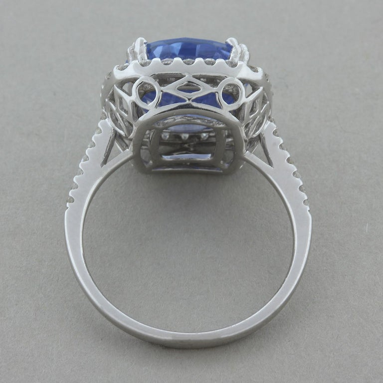 Women's Natural Blue Sapphire Gold Ring, No-Heat Certified For Sale