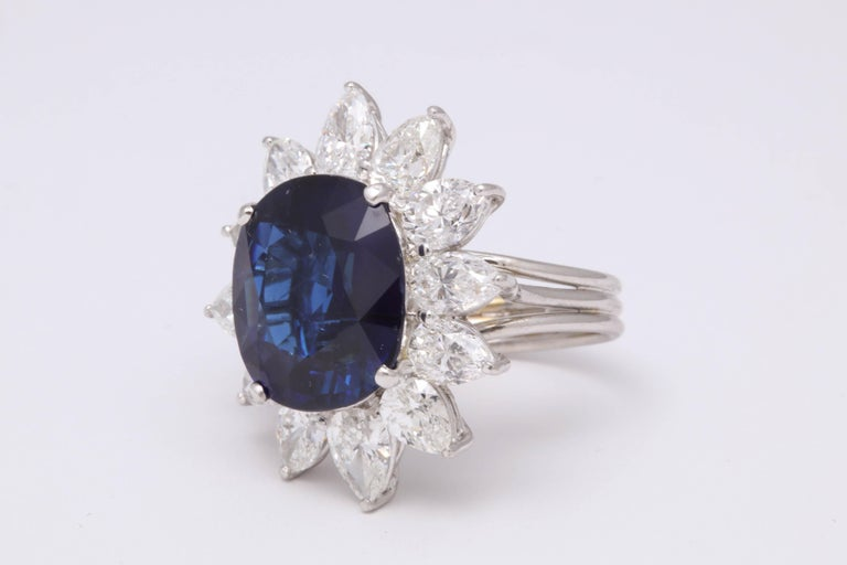 Natural Burma No Heat Blue Sapphire Ring In Good Condition For Sale In New York, NY