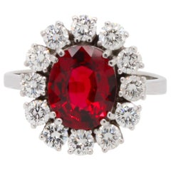 Natural Burma Red Spinel and Diamond Girda Ring
