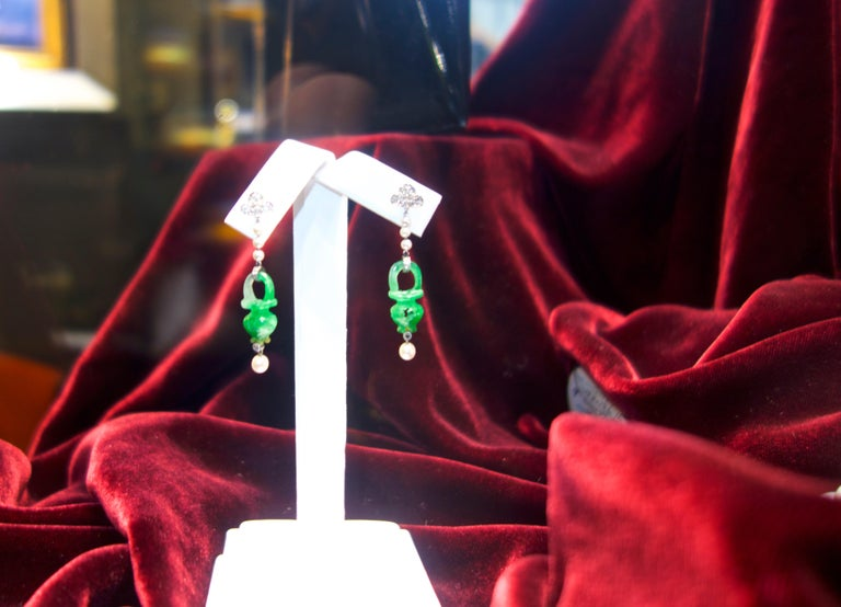 Natural Certified Jade, Natural Pearl, Diamond and Platinum Earrings, 1915 For Sale 2
