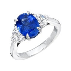 Natural Sapphire Ring Oval 3.42 Carats GIA Certified Unheated