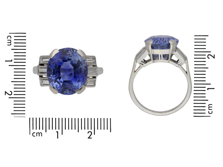 Natural Ceylon Sapphire and Diamond Ring, circa 1920 In Good Condition For Sale In London, GB