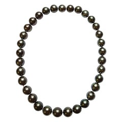 Natural Colored Tahitian Pearl Necklace
