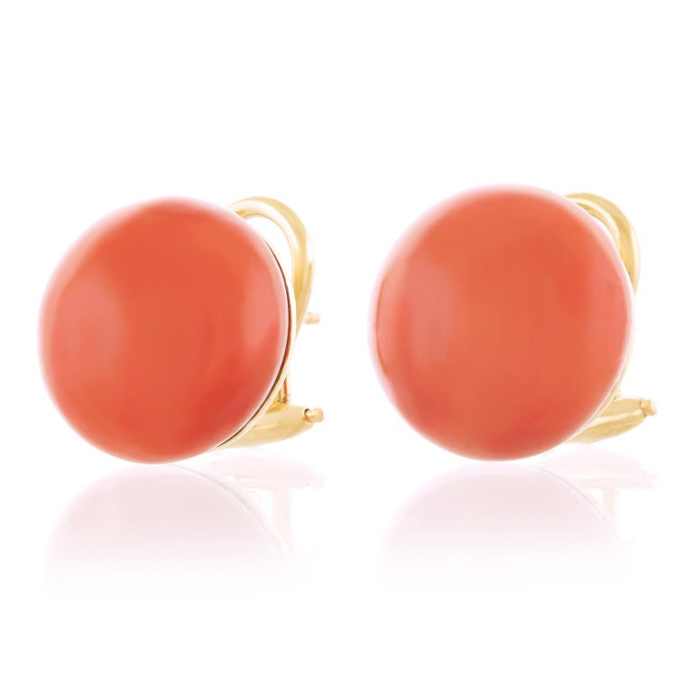 Natural Coral Earrings GIA 18 Karat, circa 1950s-2000s In Excellent Condition For Sale In Litchfield, CT