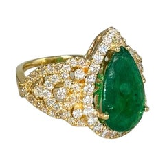 Natural Deep Pear Cut Emerald 18 Karat Yellow Gold Diamond Ring for Her