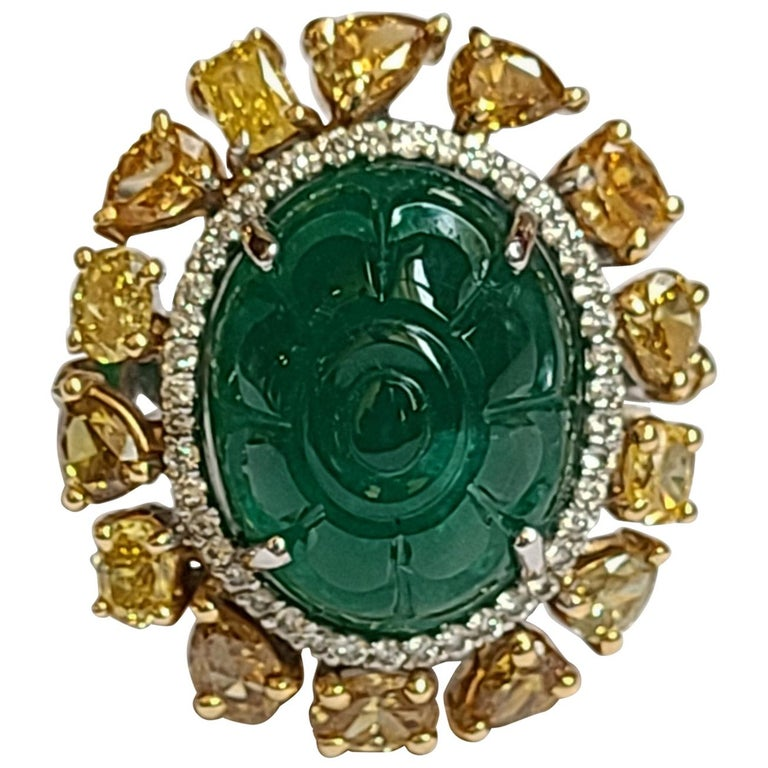 Natural Emerald 10.20 Carat Ring Set in 18 Karat Gold with Fancy Color Diamond For Sale