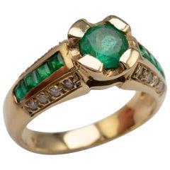 Emerald Diamond Cocktail Ring 18 Karat Yellow Gold - Vintage Rings
