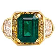 Natural Emerald Diamond 18 Karat Yellow Gold Ring AGL Certified