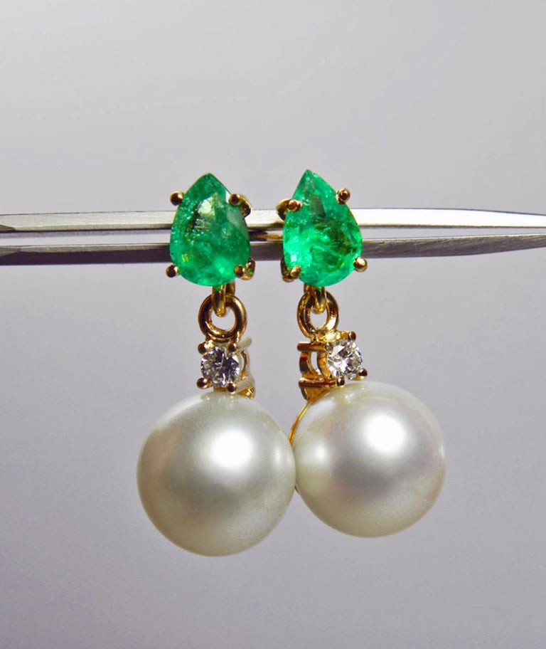 Natural Emerald Diamond and South Sea White Pearl Dangle Earrings 18 Karat In New Condition For Sale In Brunswick, ME