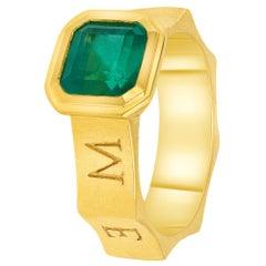 Natural Emerald Ring in 22 Karat Gold