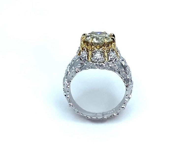 Round Cut Natural Fancy Green 3.11 ct. Diamond GIA, 18k White, Yellow Gold Handmade Ring For Sale