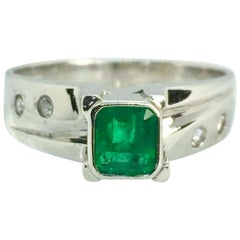 Colombian Emerald Diamonds Solitaire Ring White Gold 18 Karat