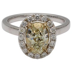 Natural GIA Certified Light Yellow Oval 2.00 Carat & White Diamond Ring 18k Gold